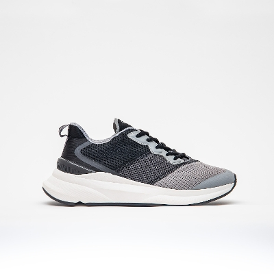 hummel-LIFESTYLE<br>REACH LX 600 BLACK
